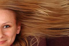 Feines Haar muss richtig gepflegt werden - wir zeigen wie man es richtig macht