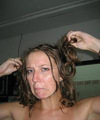 Fettige Haare - was tun? Unsere Tipps helfen!