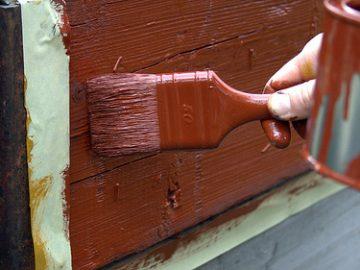 So streicht man Holz richtig...