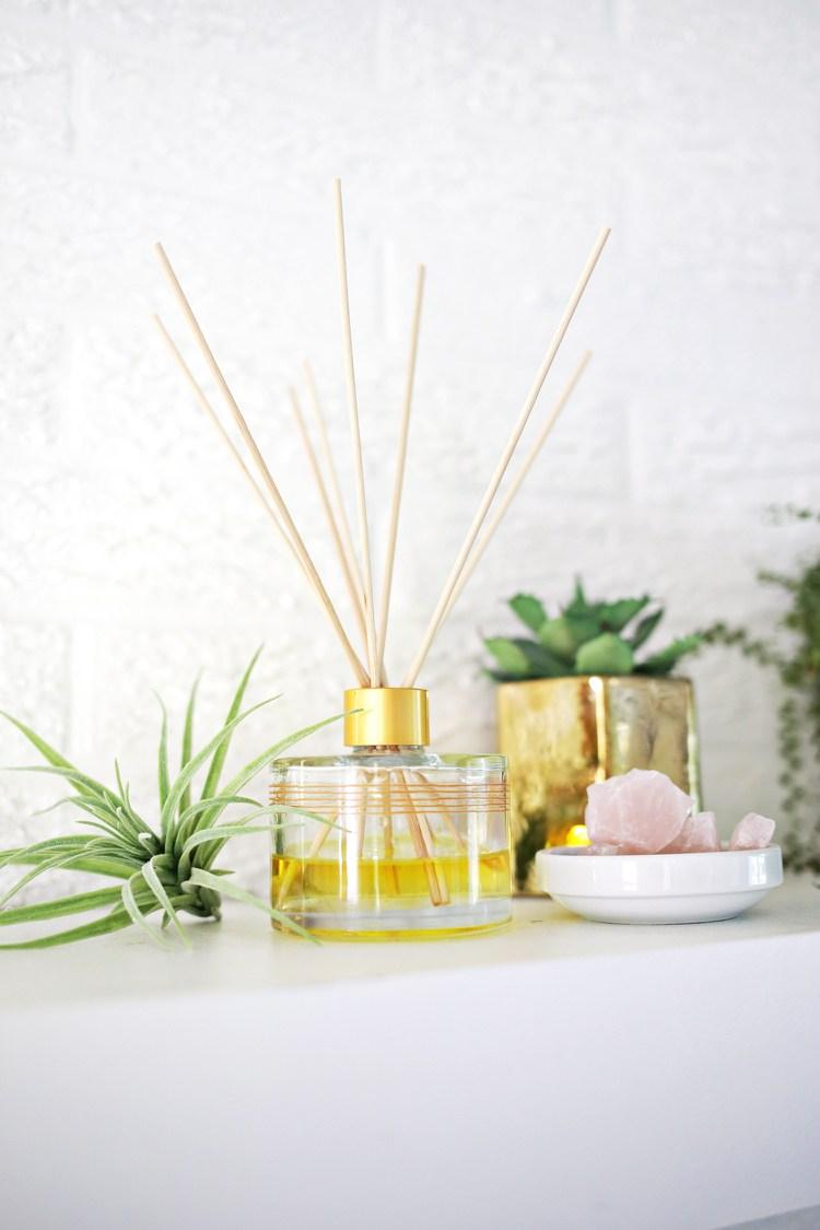 Bad Duft selber machen Rezept für Raumlufterfrischer aus Naturzutaten
