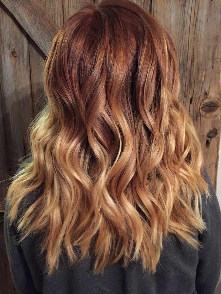 Balayage Rot Haartrend Kupfeerrot Haarfarbe mit blonden Highlights