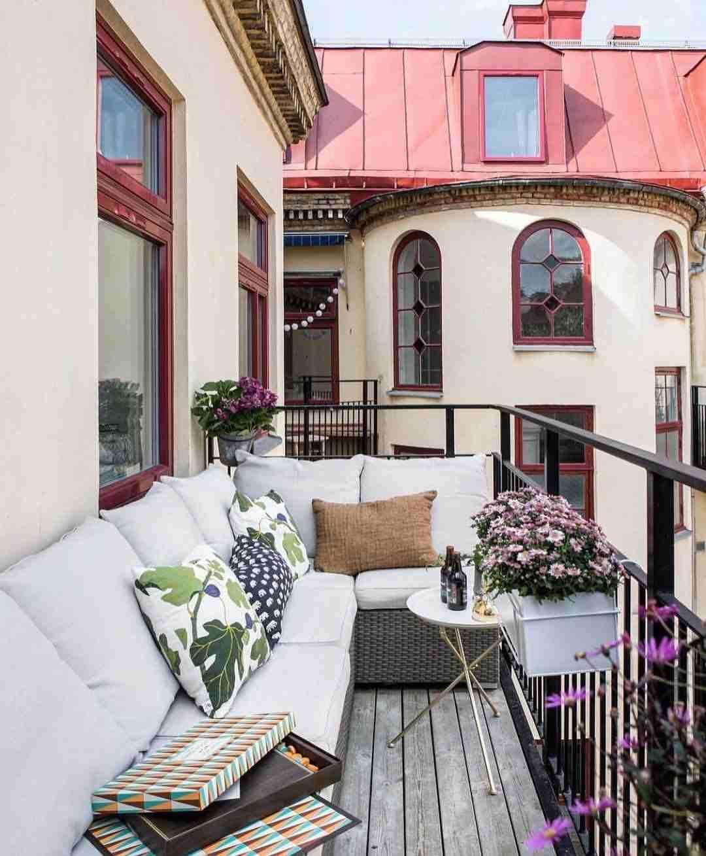Balkon Lounge Möbel selber bauen Sofa aus Paletten Anleitung