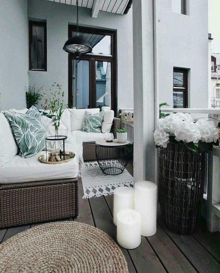 Balkontrends welche Möbel kleine Lounge Ecke Balkon
