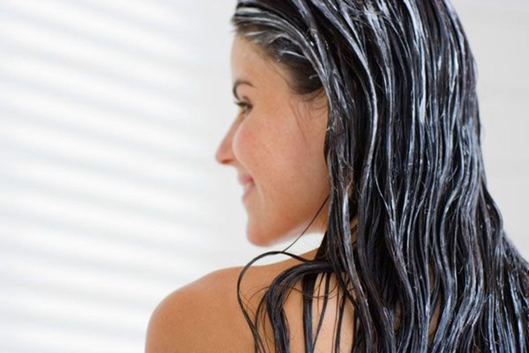 Feuchtigkeit für Haare und Kopfhaut Haarmaske selber machen