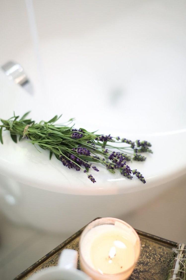 Lavendelspray selber machen ohne Alkohol Rezept