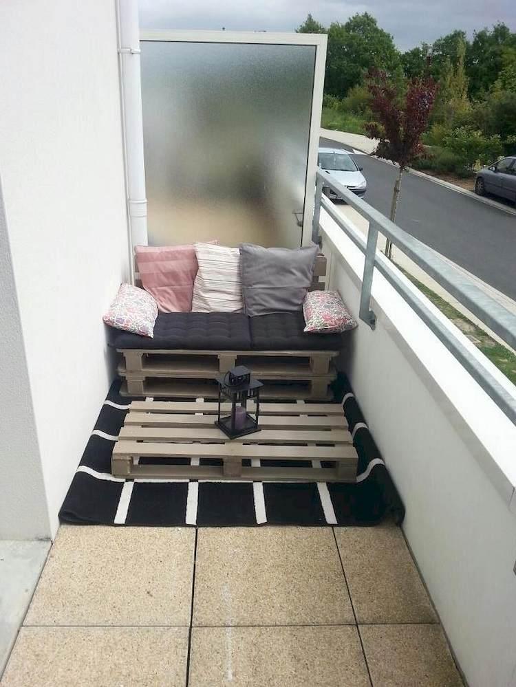 Liegefläche Balkon selber bauen platzsparende Balkonliege DIY