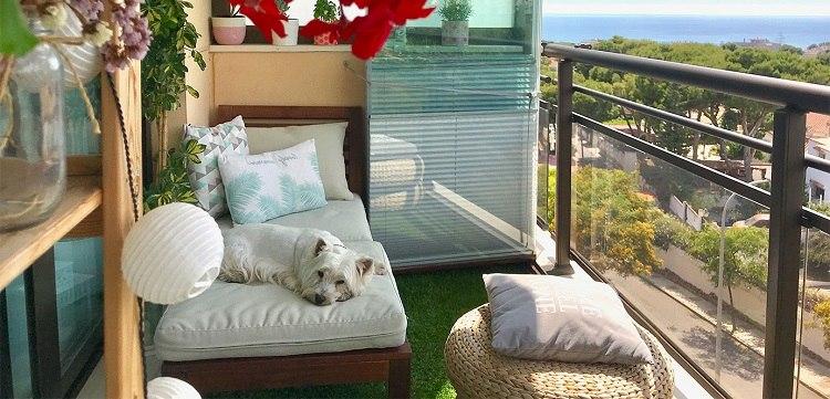 Liegefläche für kleinen Balkon Balkonmöbel Trends 2020