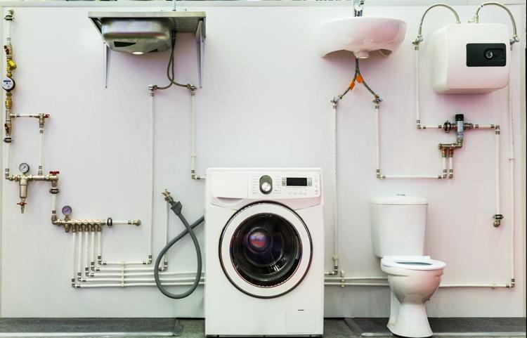 Niedriger Wasserdruck im Haus für Dusche, Waschmaschine, Toilette und Co.
