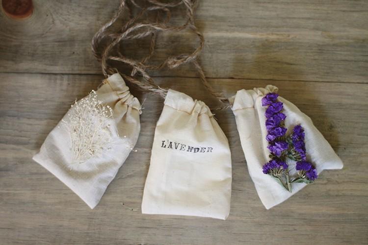 raumduft-selber-machen-durtsäckchen-stoff-ideen-lavendel