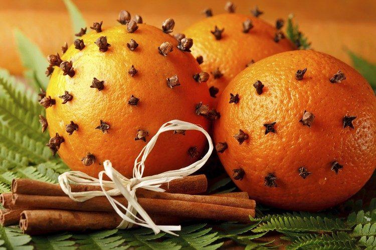 raumduft-selber-machen-orange-nelken-zimt-duft-weihnachten