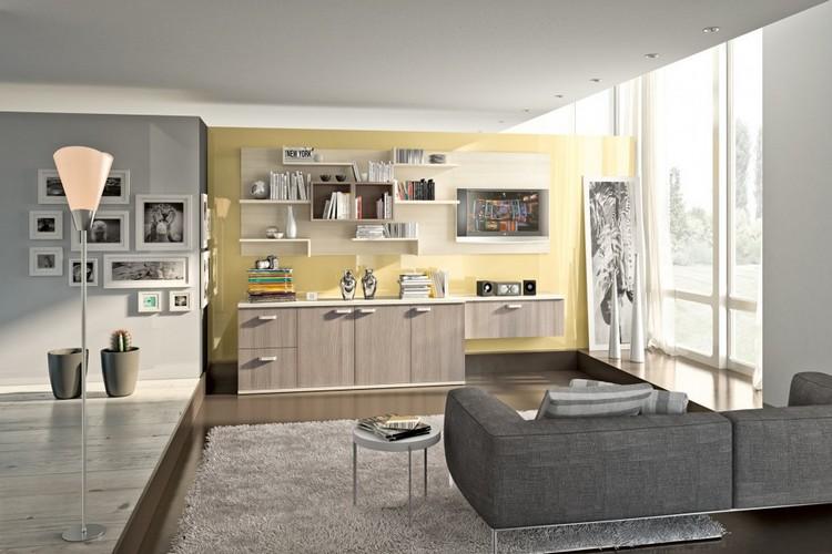 Schrankwand im Wohnzimmer creme-eiche-pastellgelbe-wandfarbe
