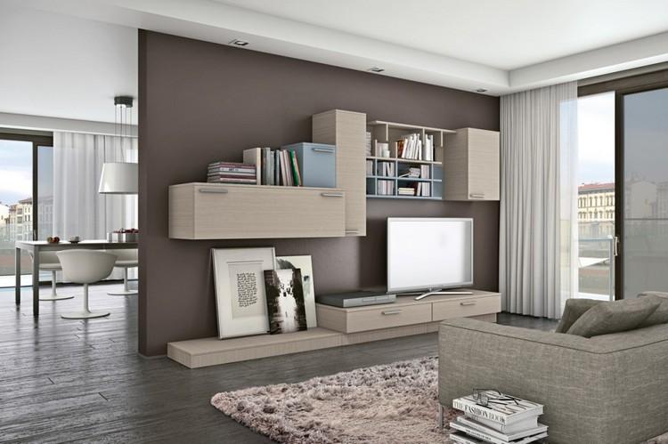 schrankwand-wohnzimmer-eiche-hellblaue-elemente-braune-wandfarbe