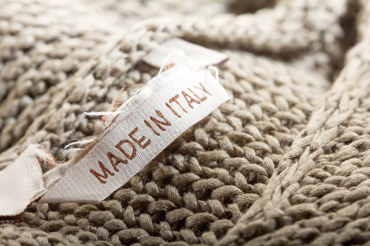 Textiletiketten gestalten Qualität erkennen annähen bedrucken